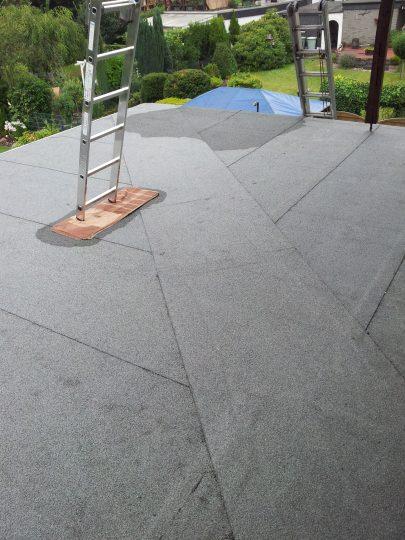 Terrassenfläche mit Schweißbahnen eingeklebt